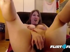 Curvy Lucy Toys Her Wet Pussy Till it Creams