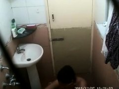 beena bhabhi from lucknow filmed during shower mms