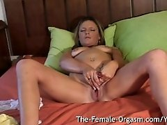 Filming Summer Masturbating Her Wet Pussy and Cumming Hard