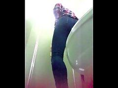 Sexy Toilet Asian Girls 4