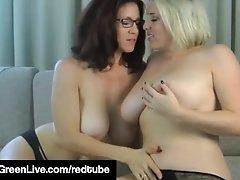 Maggie Green Displays Her Big Natural Tits Using A Hitachi!