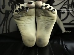 M - Long Black Toenails Dirty Soles Humiliation