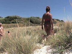 Una porca fra le Dune - GangBang con Valentina! CentoXCento