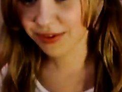 Masturbating my hot cunt on webcam