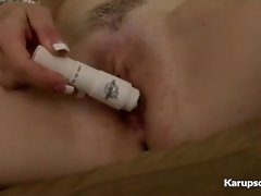 Mirabella Amore Gets Off With Her Vibrator