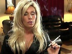 blonde smoking '120