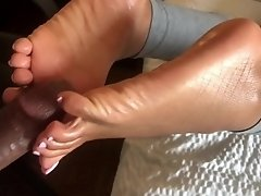 Slow fucking @Footgoddessmira soles