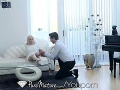 PUREMATURE Mature asisstant TRIES anal for better pay